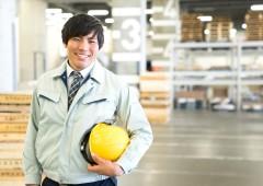 製造業 男性 笑顔