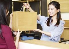 販売 女性 (3)