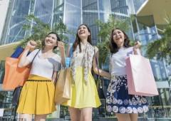 女性 買い物 イメージ