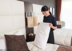 ホテル清掃 ベッドメイキング 女性 (2)