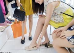売り場 婦人靴