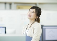 オフィスワーク 女性 (15)