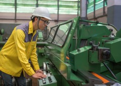 labor operation with a lathe